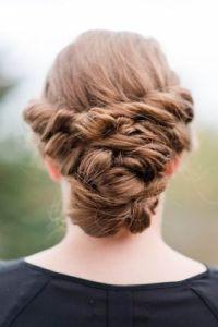 Trockenshampoo jede Haarfarbe DIY Bun